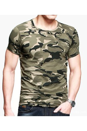 Newchic Mens Camouflage Army Green Wicking Tees Tight Sports Fitness Training T-shirt
