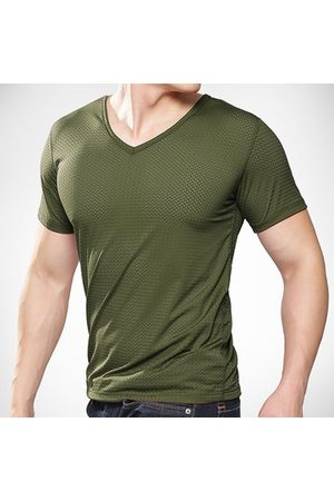 Newchic Mens Summer Ice Silk V-neck Short Sleeve Fitness Sports T-shirts Breathable Mesh Slim Fit Tops