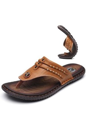 Newchic Men Hand Stitching Soft Clip Toe Beach Slippers Waterproof Leather Sandals