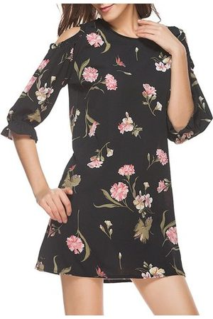 Newchic Casual Floral Print Cold Shoulder Half Sleeve O-neck Women Mini Dress