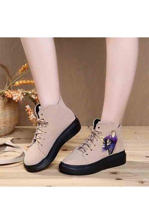Newchic Cat Embroidered Lace Up Platform Casual Short Boots