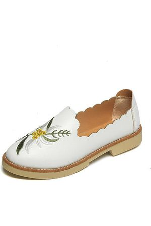 Newchic Girls Loafers - Embroidery Elegant Flower Soft Comfortable Floral Slip On Loafers