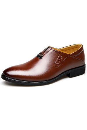 Newchic Men's Classic Pointed Toe Slip On Business Dress Shoes