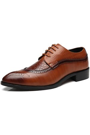 Newchic Men Formal Shoes - Men's Modern Brogue Carved Classic Pointed Toe Dress Shoes
