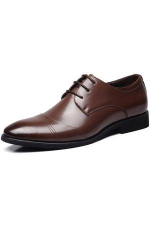 Newchic Men Classic Pointed Toe Lace Up Formal Dress Shoes