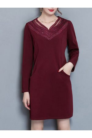 Newchic Women Casual Dresses - Casual Lace Rhinestone V-neck Pocket Thicken Dress