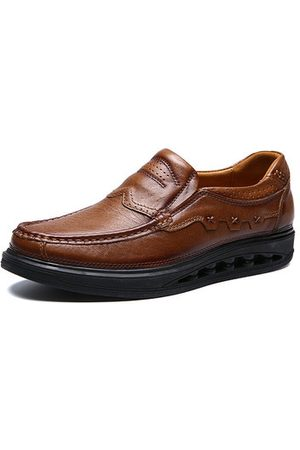 Newchic Men Genuiner Leather Comfy Wearable Slip On Casual Shoes