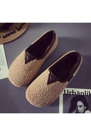 Newchic Soft Curly Plush Slip On Warm Loafers