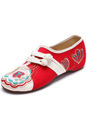 Newchic Vintage Chinese Embroidered Flower Mary Janes Buckle Casual Flat Loafers