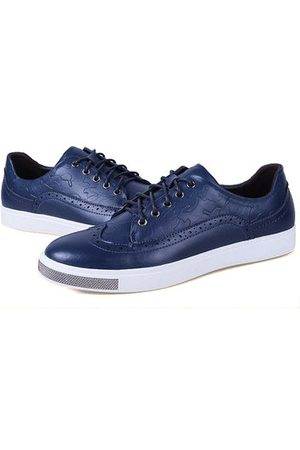 Newchic Men Casual Shoes - Men Leather Vintage Retro Pattern Lace Up Casual Brogue Shoes