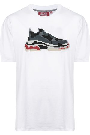 MOSTLY HEARD RARELY SEEN Pixel sneakers T-shirt