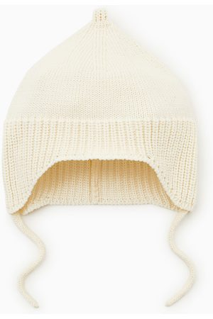 Zara Baby Hats - Knit hat with chin straps
