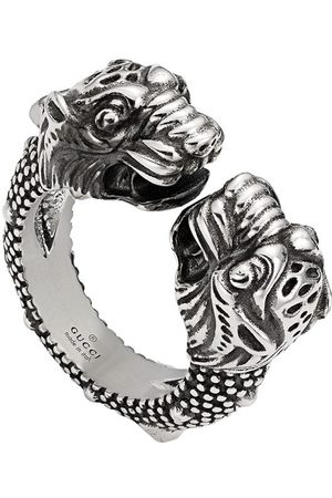 Gucci Engraved ring