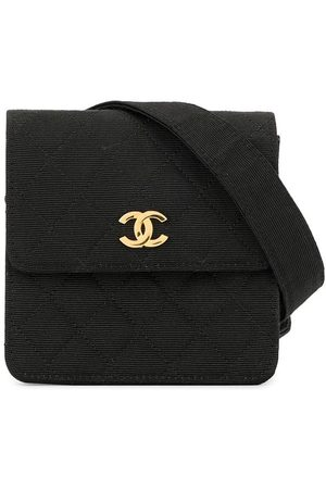CHANEL Textured diamond quilted belt bag