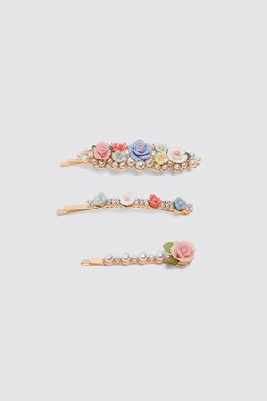 Zara Pack of floral hair clips