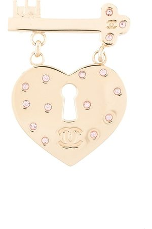 CHANEL Heart and key brooch