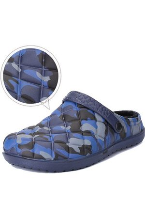 Newchic Men Camouflage Water Resistant Warm Slippers