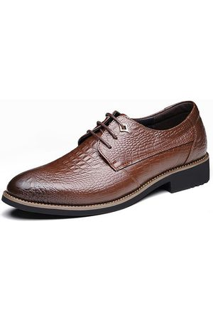 Newchic Men Formal Shoes - Men Classic Crocodile Pattern Pointed Toe Dress Shoes