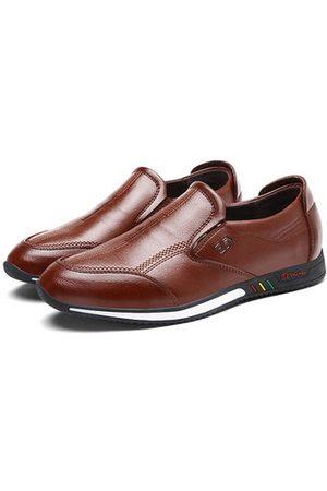 Newchic Men Microfiber Leather Flat Casual Shoes