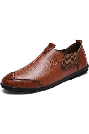 Newchic Men Cow Leather Slip On Soft Sole Casual Shoes