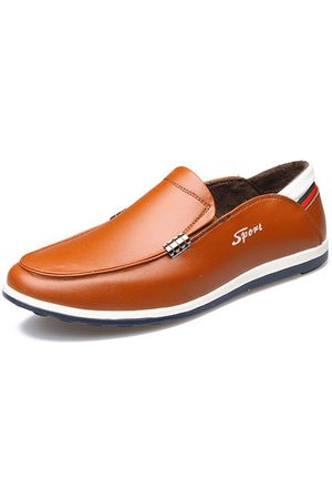 Newchic Men Casual Shoes - Men Cow Leather Plush Lining Slip On Casual Shoes