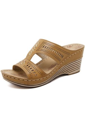 Newchic Women Casual Shoes - Large Size Pure Color Peep Toe Slip On Backless Wedges Casual Slippers