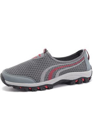 Newchic Men Mesh Breathable Casual Shoes