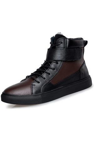 Newchic Men Large Size Warm Sneakers