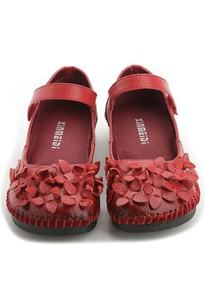Newchic SOCOFY Flower Vintage Soft Genuine Leather Flat Shoes