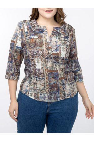 Newchic 3/4 Sleeves Printed V-Neck Shirt