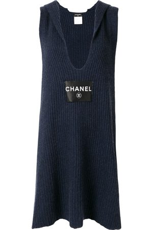 CHANEL Knitted scarf dress