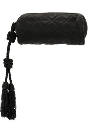 CHANEL 1985-1993 quilted pouch