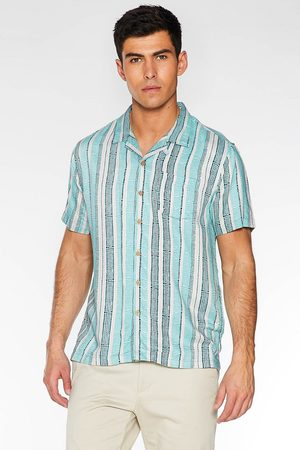 Quiz Short Sleeve Revere Collar Aztec Shirt in Mint