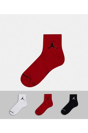 Jordan Nike Jumpman logo 3 pack quarter socks