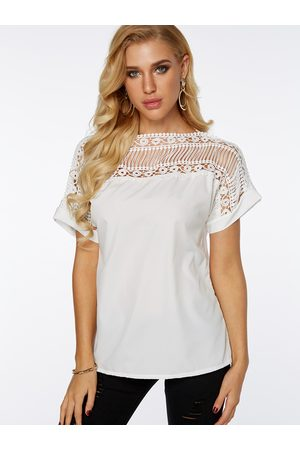 YOINS Lace Insert Round Neck Hollow T-shirt