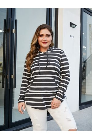 YOINS Plus Size Stripe Hooded Design Tee