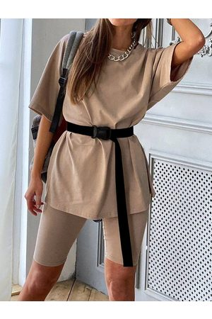 YOINS Crew Neck Tee Casual Shorts Two Piece Outfits With Belt