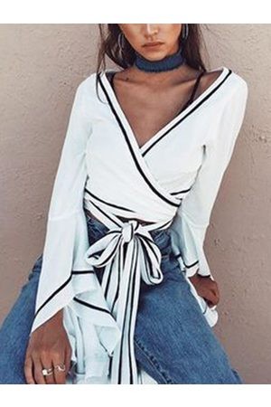 YOINS White Crossed Front Tie-up Design V-neck Long sleeves Crop Top