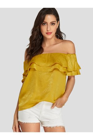 YOINS Ruffle Trim Off shoulder Short Sleeves Blouse