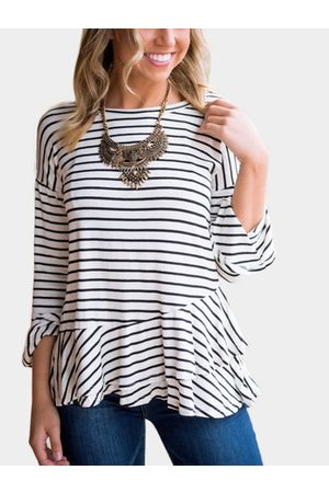 YOINS Stripe Round Neck Flared Sleeves T-shirt