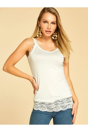 YOINS Eyelash Trim Lace Hem Tank Top