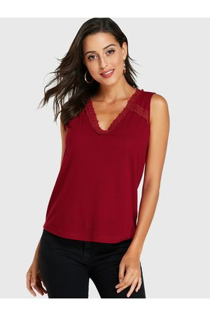 YOINS V-neck Lace Hem Tank Top