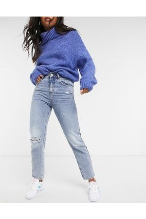 Cotton On Mom jean with knee rip in mid wash