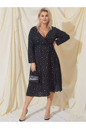 YOINS Plus Size V-neck Polka Dot Wrap Design Long Sleeves Midi Dress