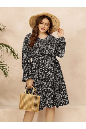 YOINS Plus Size V-neck Polka Dot Belt Design Long Sleeves Midi Dress