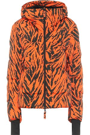 JET SET Exclusive to Mytheresa – Julia tiger-print puffer ski jacket