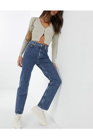 & OTHER STORIES Favourite organic cotton cropped slim straight leg jean in intense