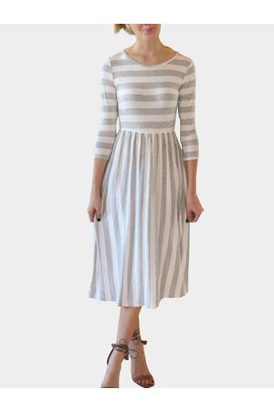 YOINS Stripe Round Neck Pleated Hem Bodycon Midi Dress