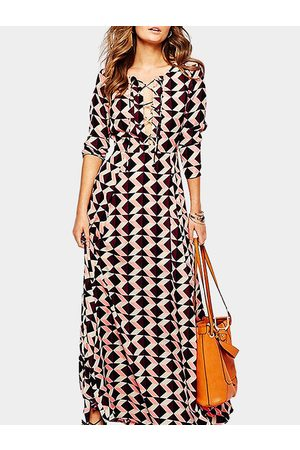 YOINS Geometrical Pattern Lace-up Front Long Sleeves Maxi Dress