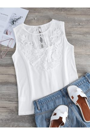 YOINS Crochet Lace Embellished Round Neck Tank Top